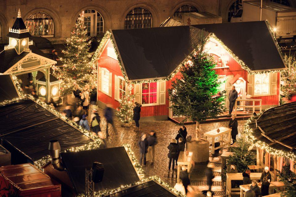 weihnachtsmarkt rathausplatz kiel kiel sailing city. Black Bedroom Furniture Sets. Home Design Ideas